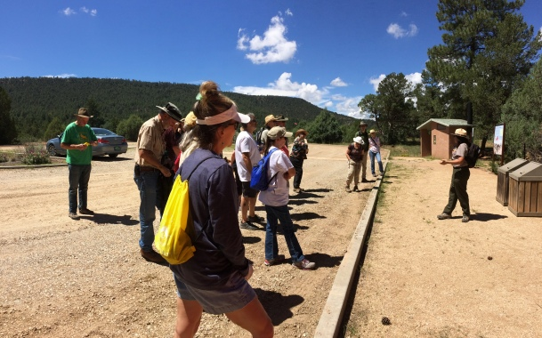 Arrowhead Pueblo hike - Park Ranger Susan briefs participants about the hike at the Civil War Trail parking lot